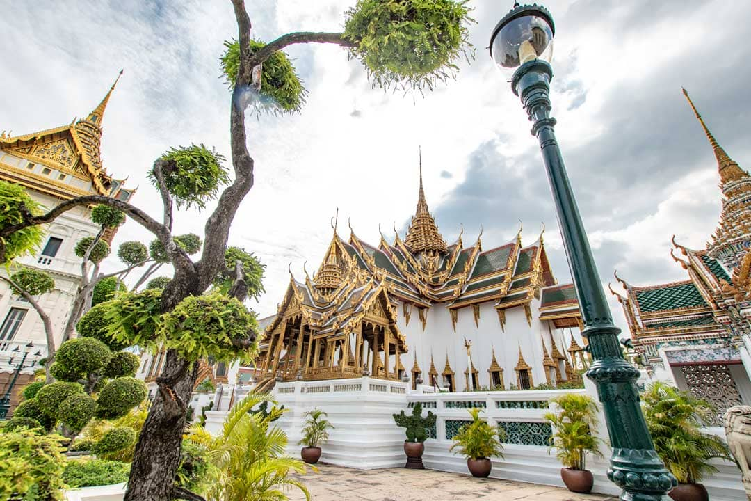 best-area-to-stay-in-bangkok-old-town
