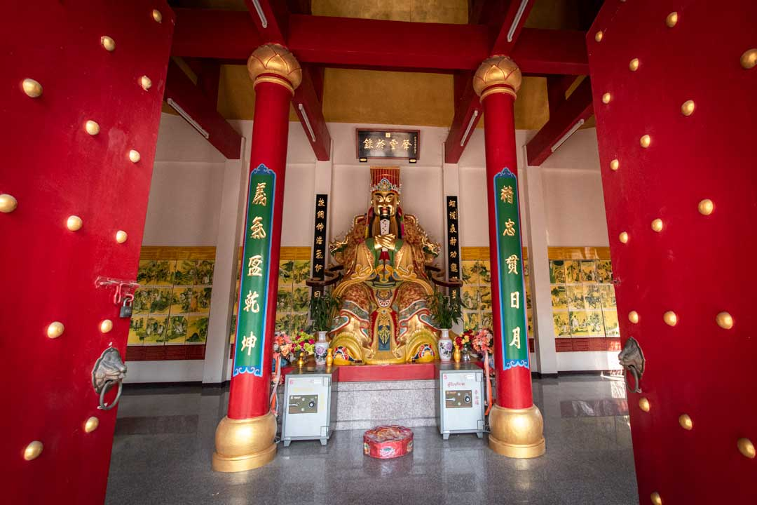 best-temples-in-pattaya-chinese-temple