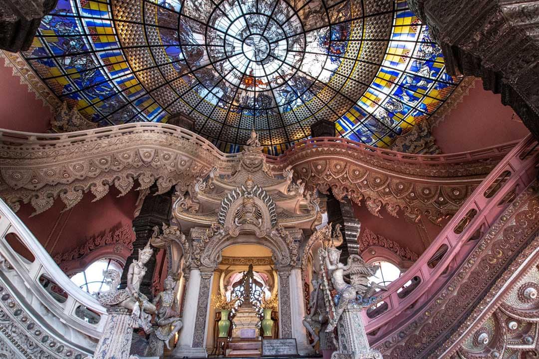 inside-erewan-museum-in-bangkok