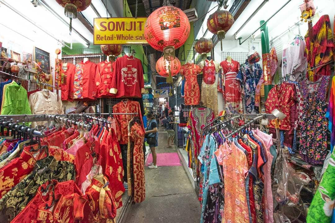 pratunam-market-dresses