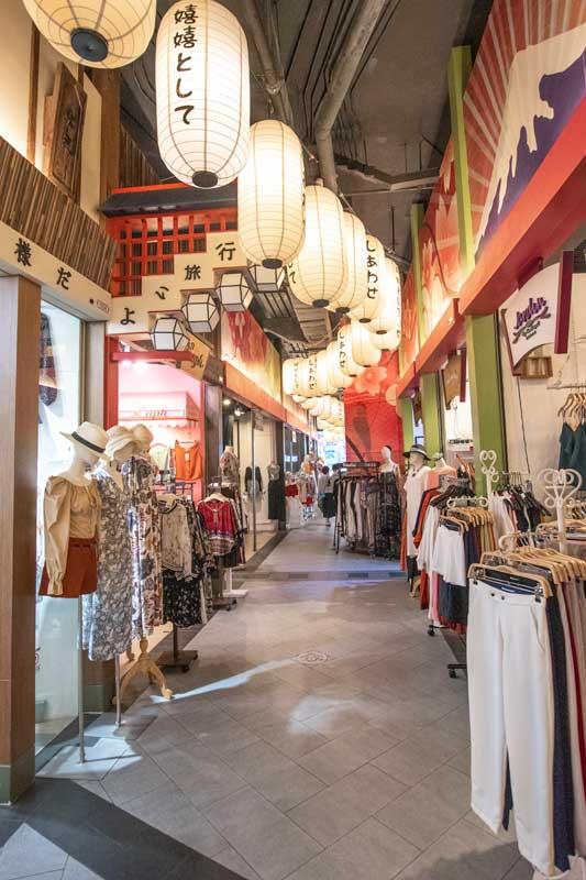 shopping-in-bangkok-terminal-21