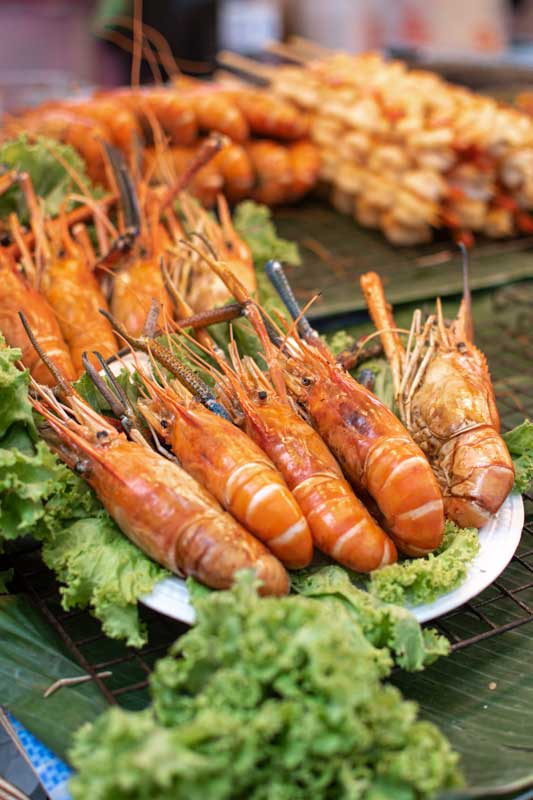 street-food-shrips-in-pratunam-bangkok