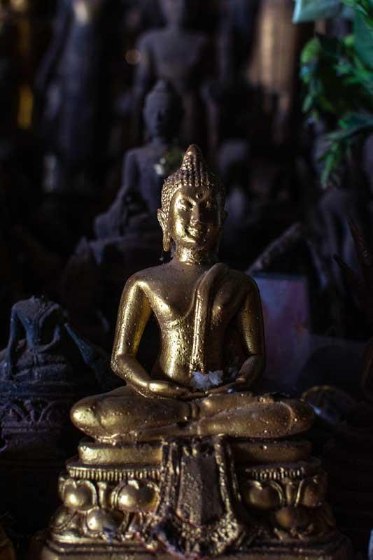 buddha-statue-in-pak-ou-cave-luang-prabang