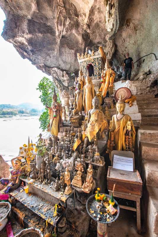 shrine-inside-the-pak-ou-caves-luang-prabang