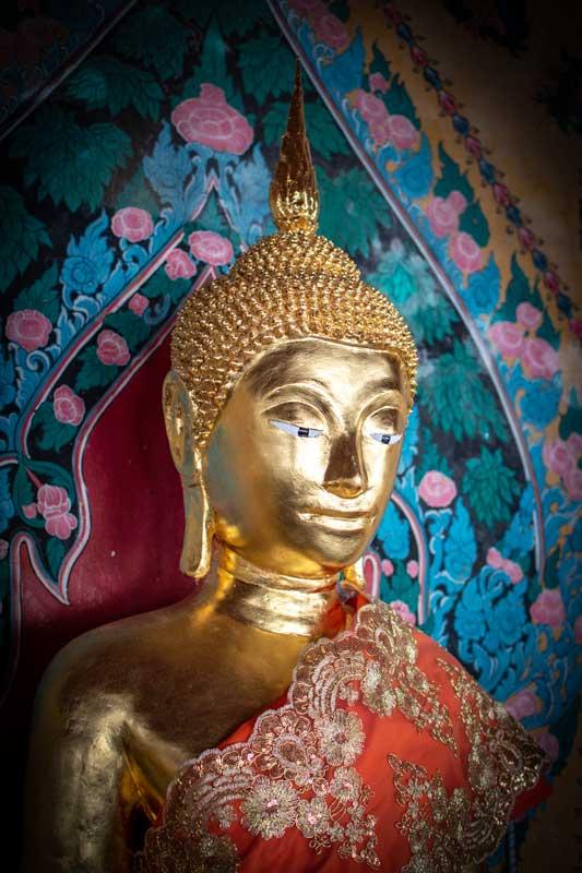 2-day-bangkok-itinerary-wat-arun-buddha