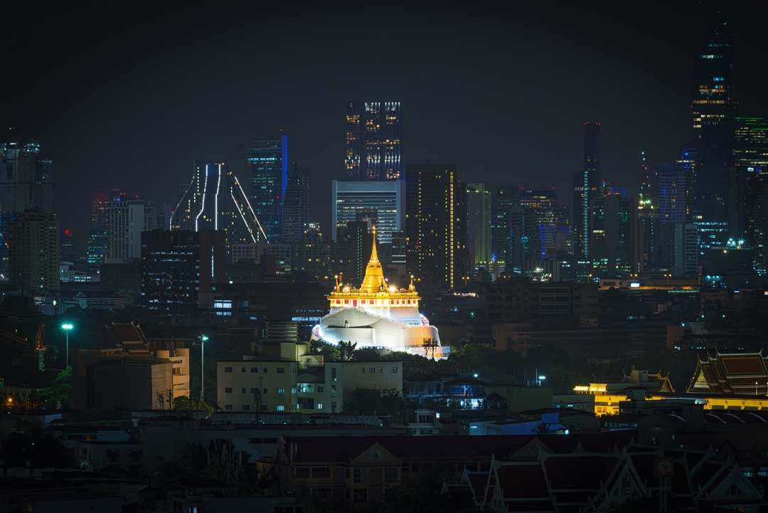wat-saket-in-bangkok-at-night