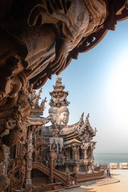 window-view-at-the-sanctuary-of-truth-pattaya