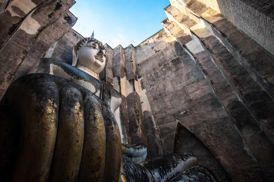 ancient-buddha-in-sukhothai
