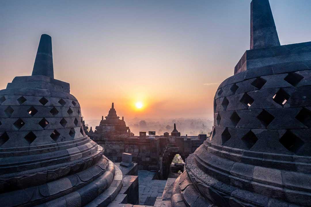 indonesia-landmarks-borobudur