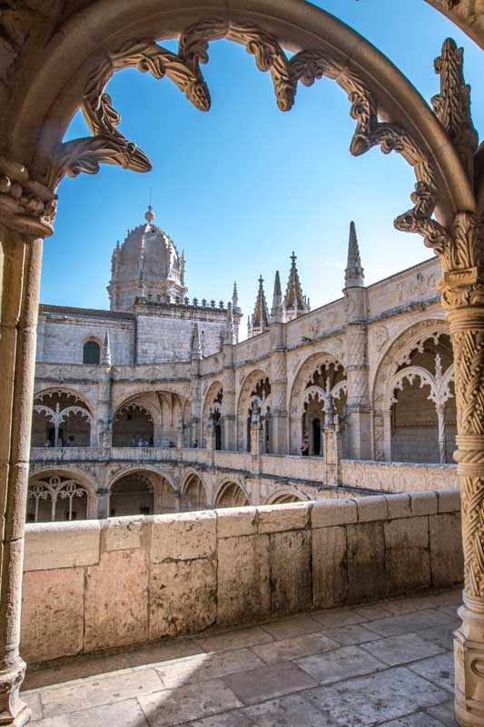 landmarks-in-Portugal-jeronimos
