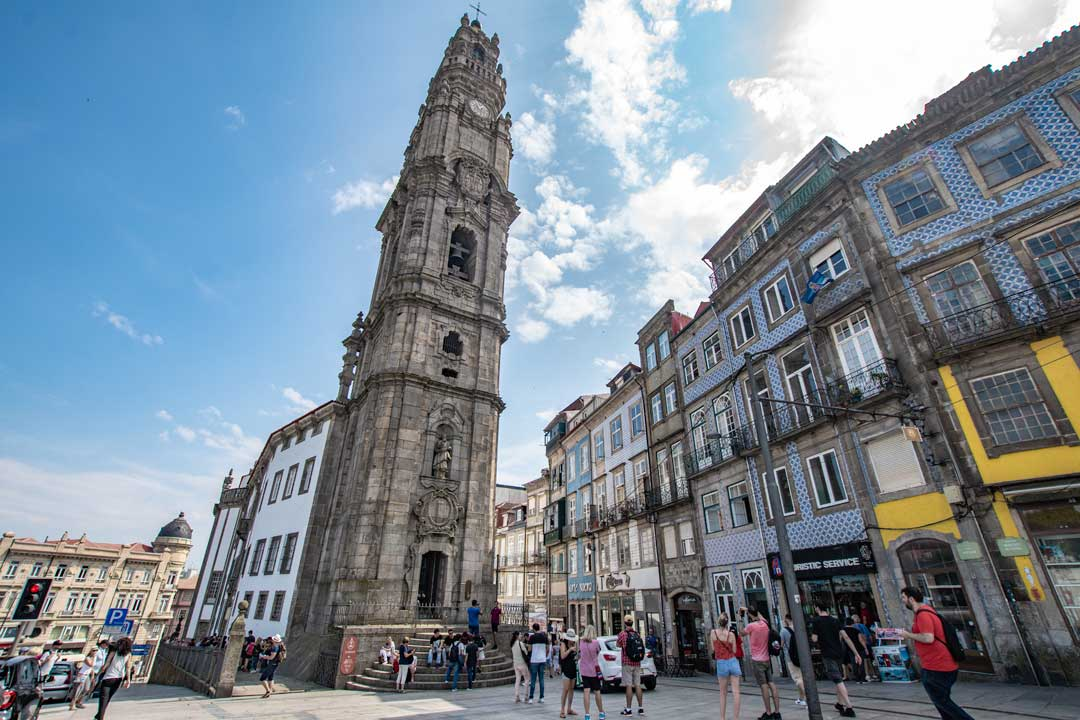 outside-clerigos-tower-in-porto