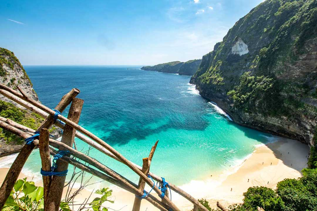 tropical-beach-in-indonesia