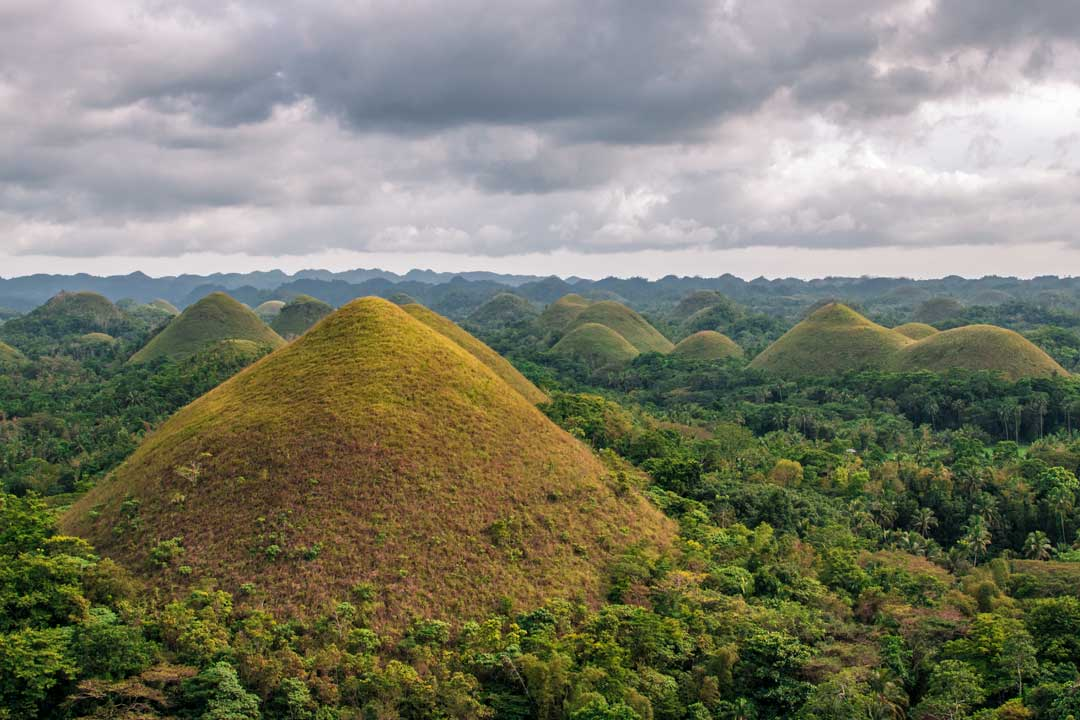panorama of the chocolate-hills in bohol