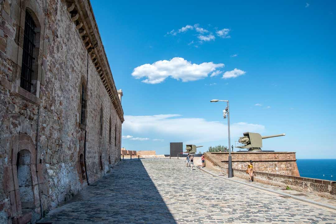 2-days-in-barcelona-montjuic-castle