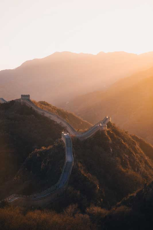 landmarks-in-asia-great-china-wall-at-sunrise