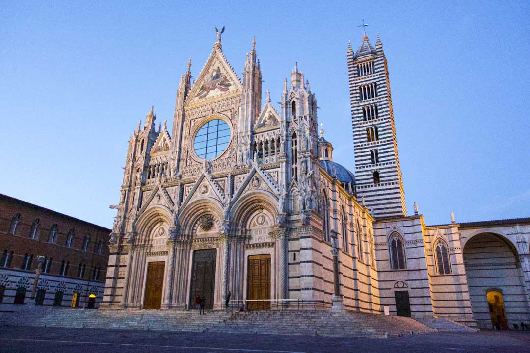 siena-cathedral-at-night