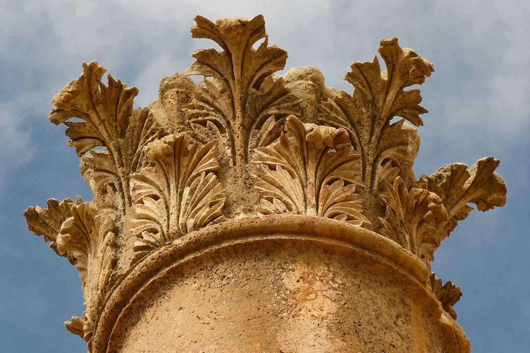 jordan-itinerary-roman-column-in-jerash