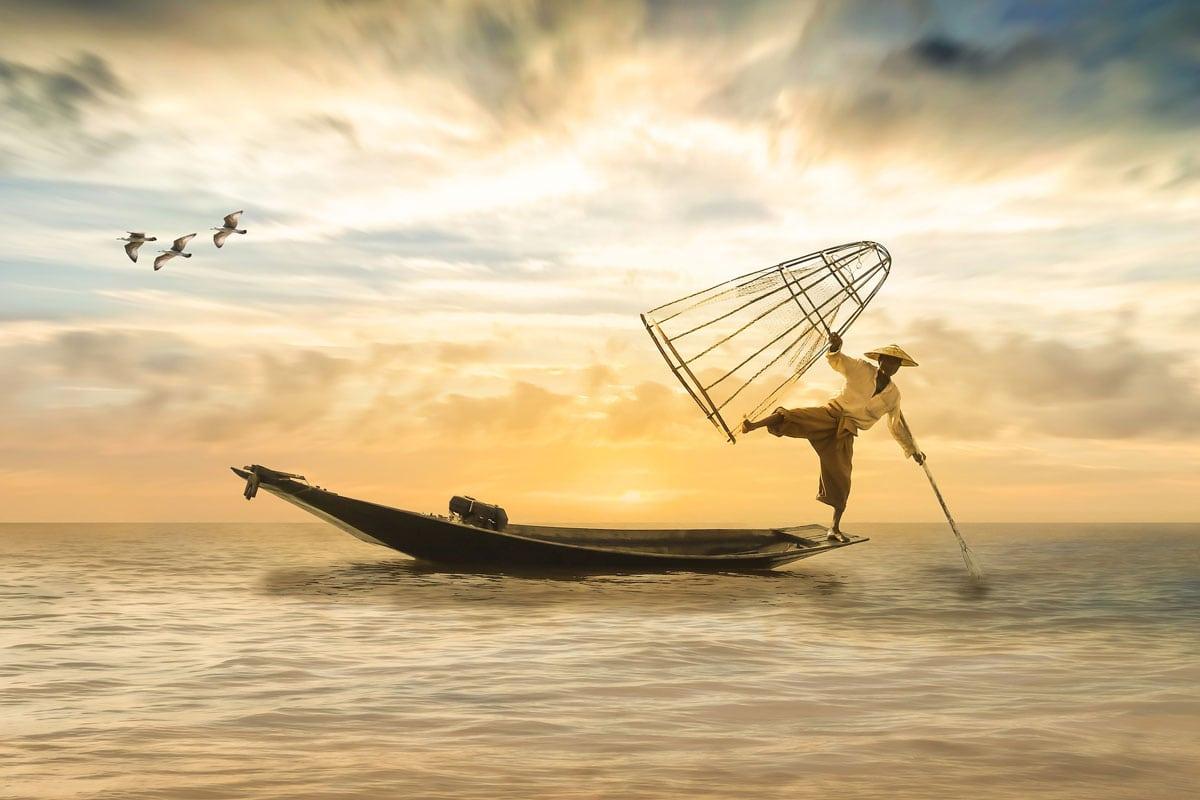 asia-travel-bucket-list-inle-fisherman