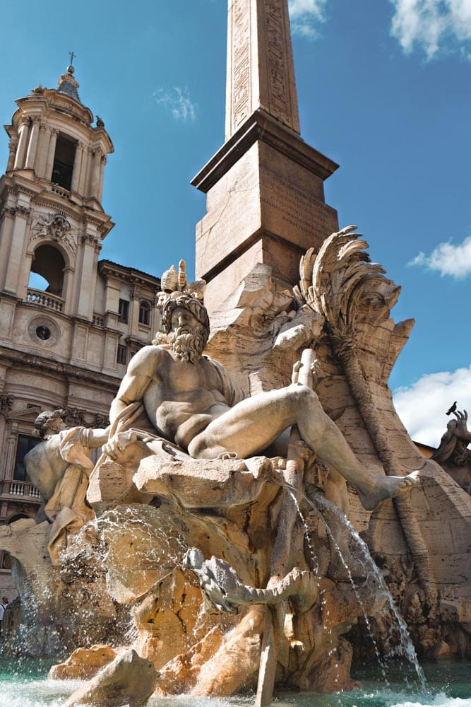 baroque-fountain-on-piazza-navona
