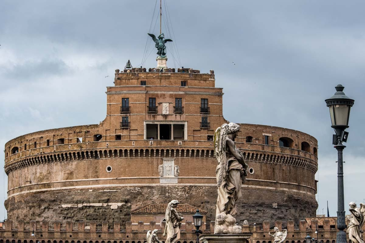 castel-sant-angelo-from-the-front