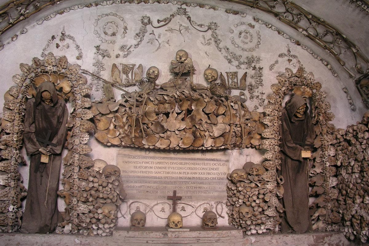 the-creepy-roman-crypt