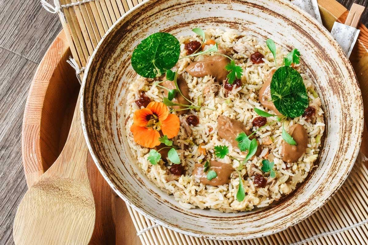 nasi-goreng-in-a-wooden-plate