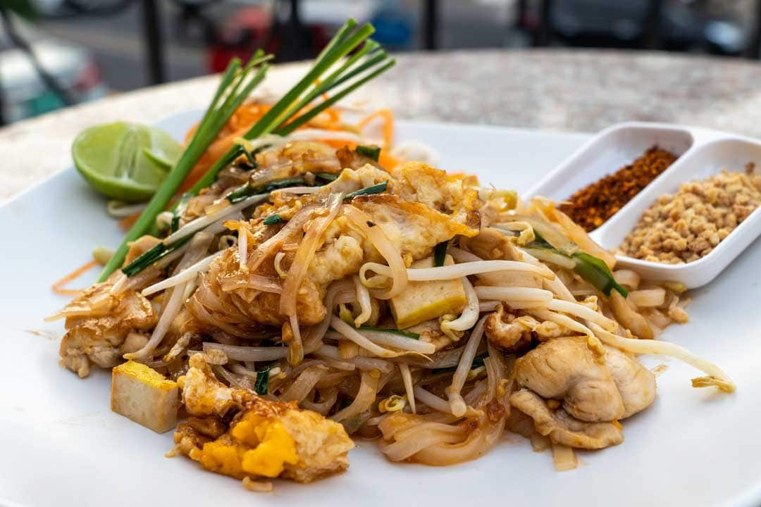 pad-thai-plate