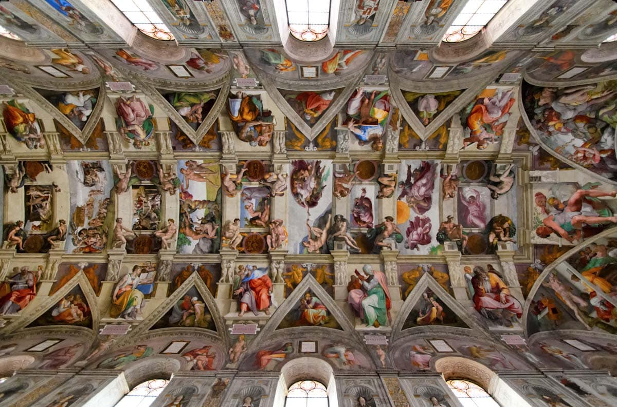 sistine-chapel-beautiful-ceiling