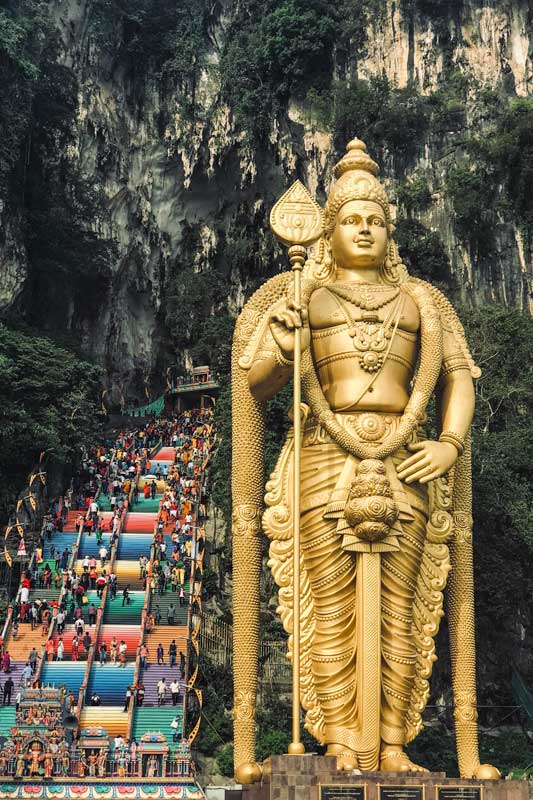 southeast-asia-bucket-list-batu-caves
