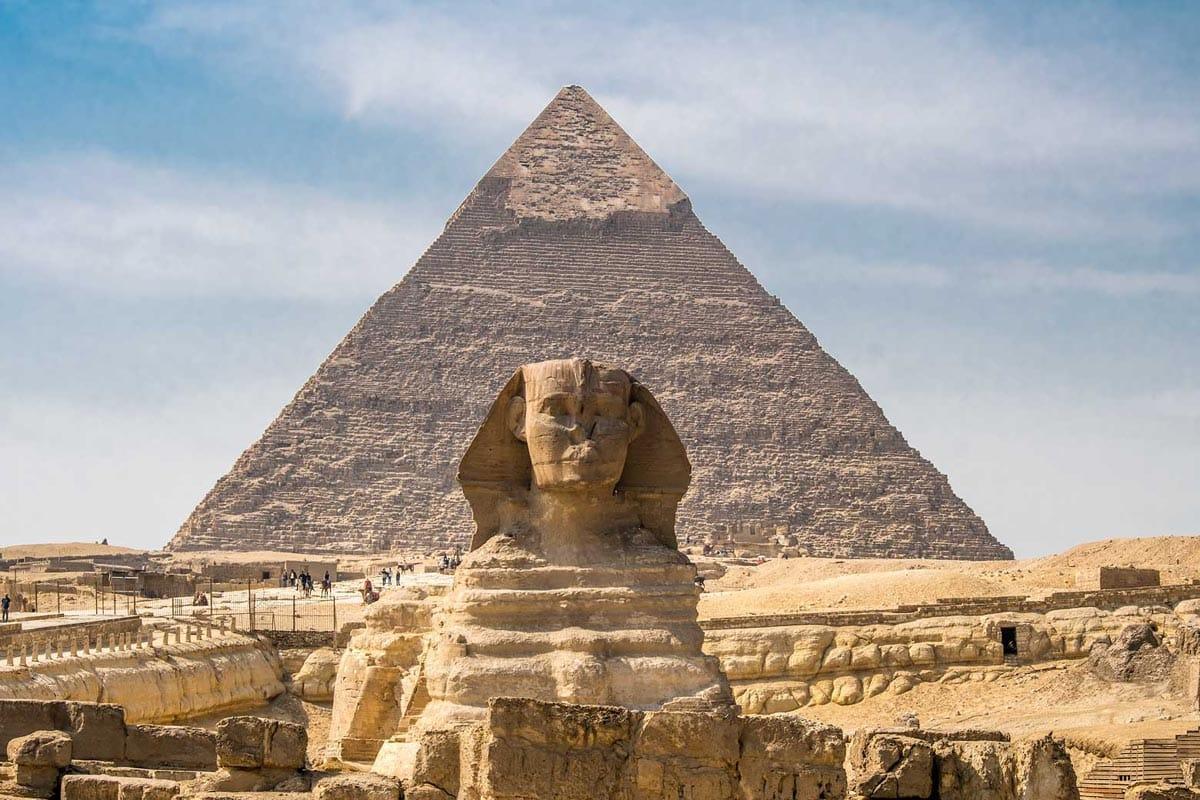 travel-bucket-list-egypt pyramids and sphynx