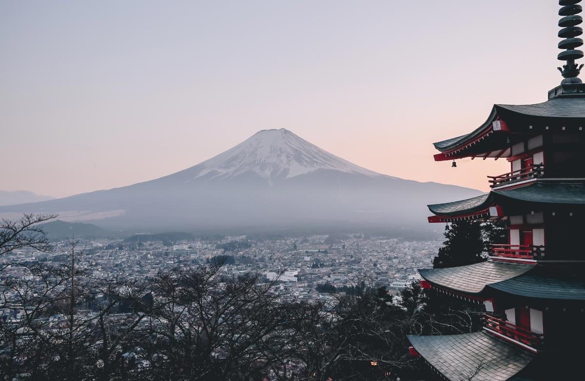 travel-bucket-list-mt-fuji-in-japan