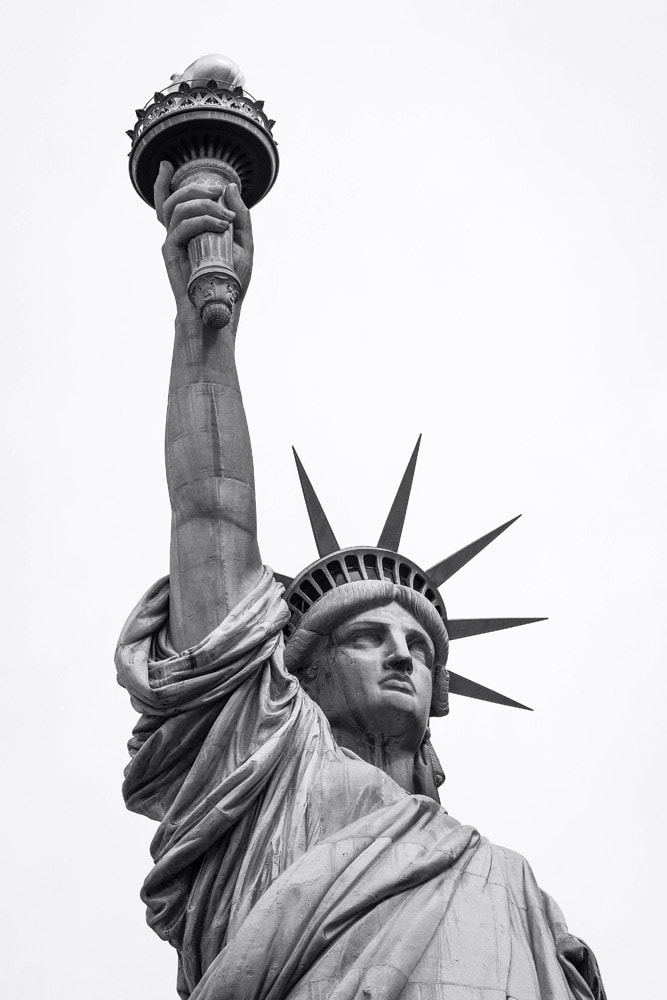 landmarks in North America-statue-of-liberty-black-and-white