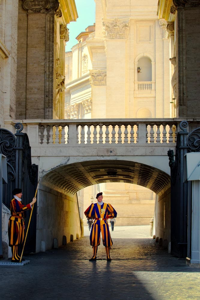 vatican-city-in-the-morning-with-swiss-guard-on-post