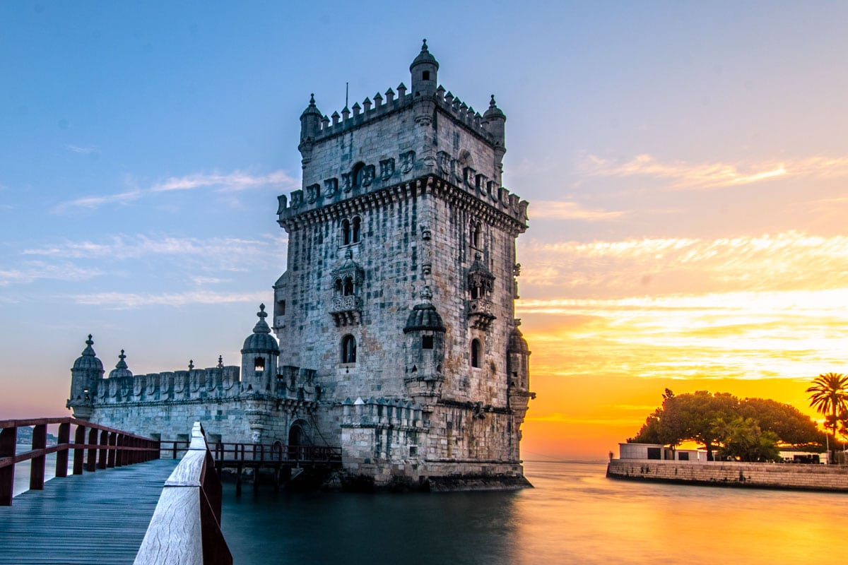 lisbon-bucket-list-belem-tower-at-sunset
