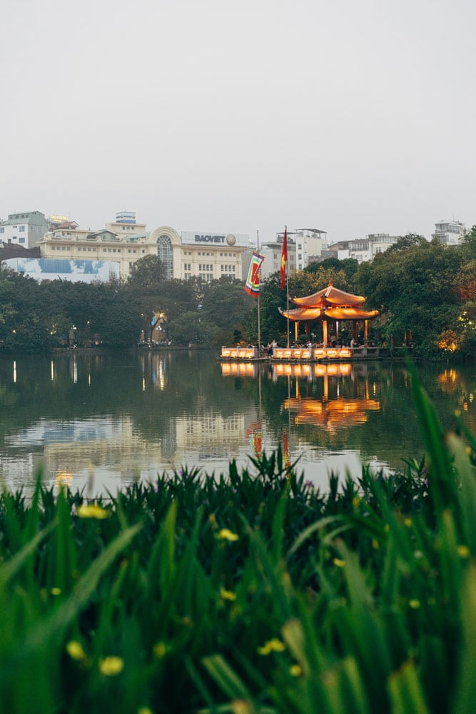 temple-in-the-middle-of-the-lake-in-hanoi