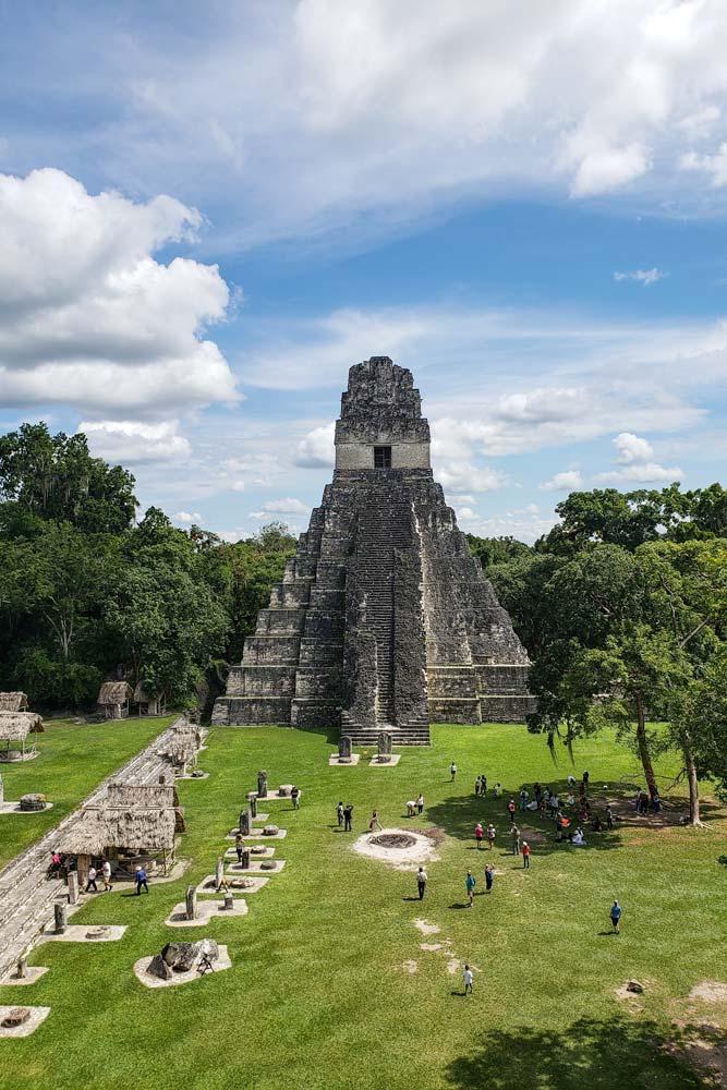 mayan-ruins-in-tikal-guatemala