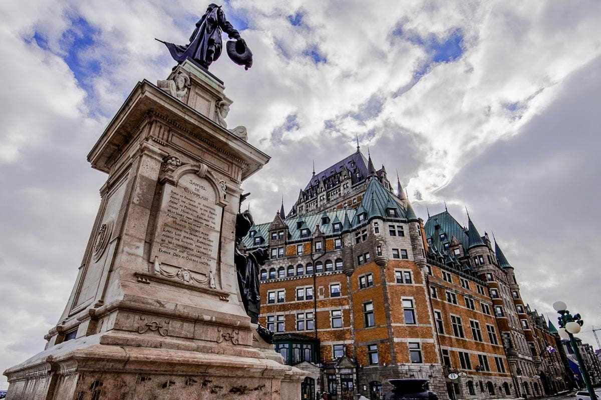 north-american-landmarks-old-quebec