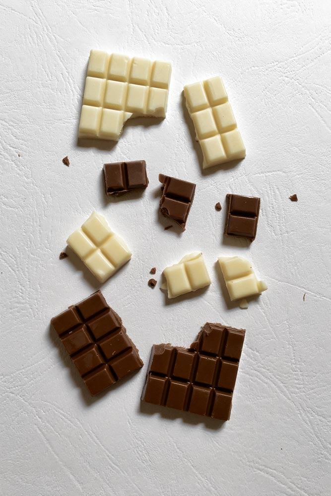 pieces-of-white-and-dark-chocolate