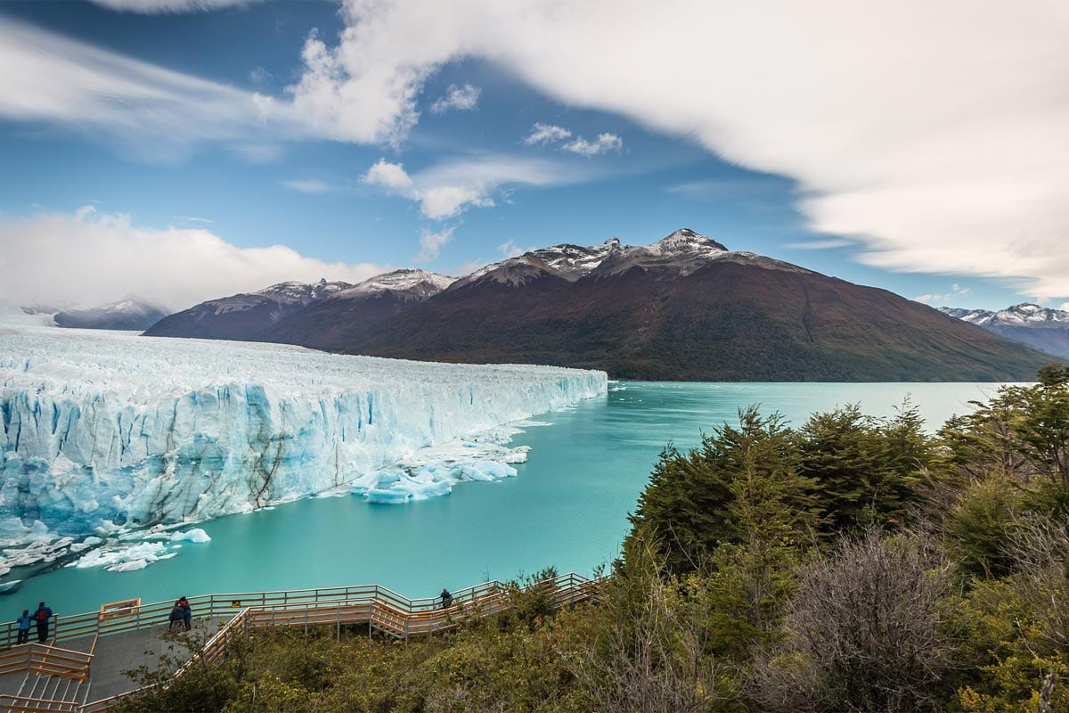 Perito-Moreno-Glacier-with-a-mountain-in-the-background