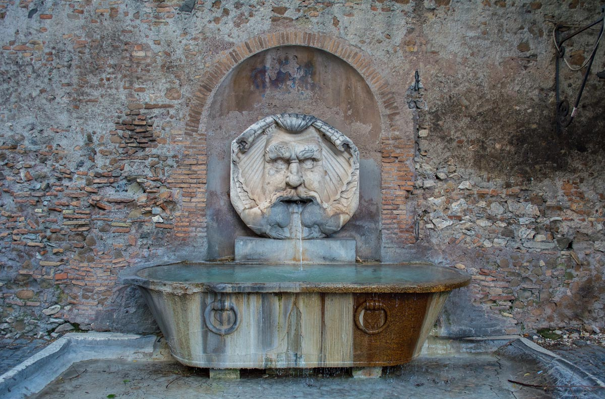 facts-about-rome-many-fountains