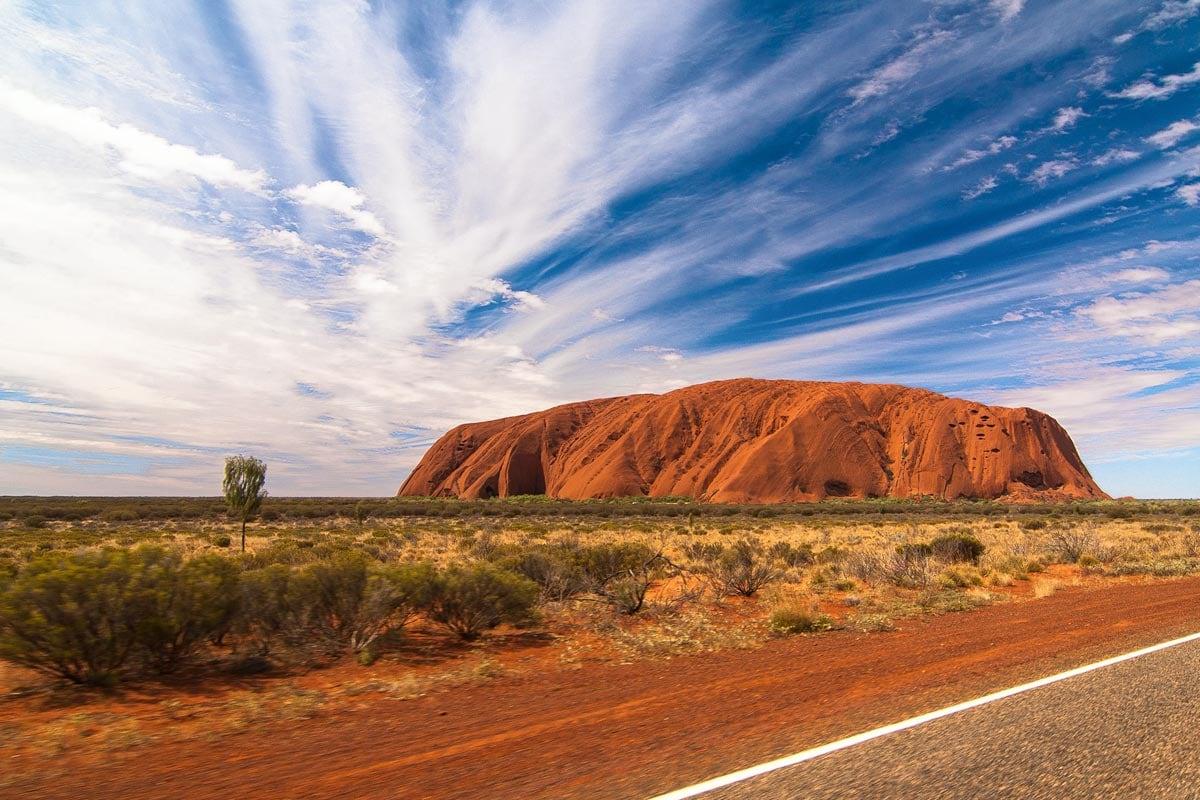 australia-landmarks-uluru