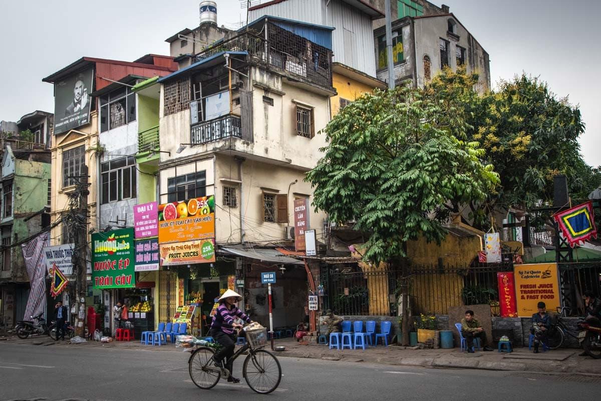 landmarks-in-vietnam-hanoi-old-quarter