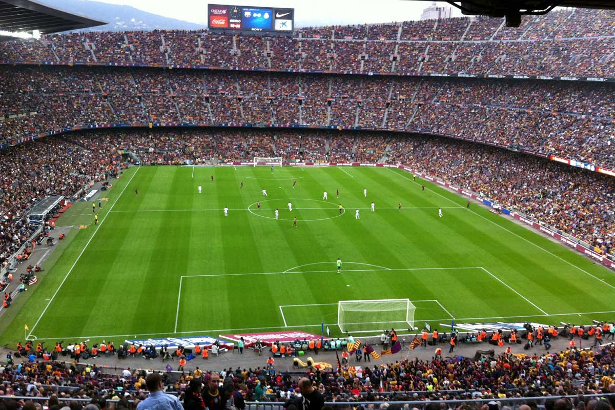 a-view-from-afar-of-el-clasico-game