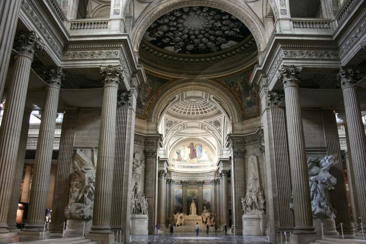paris-bucket-list-pantheon-interior