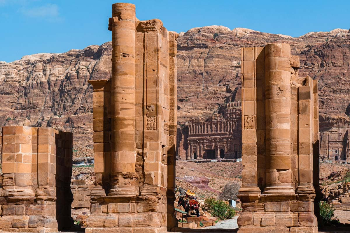 petra-facts-roman-ruins-in-the-middle-of-petra