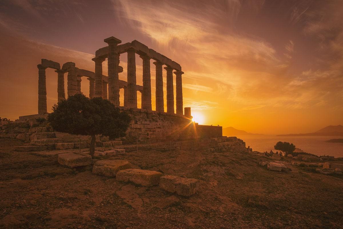 greek-landmarks-temple-of-posseidon-on-sunset