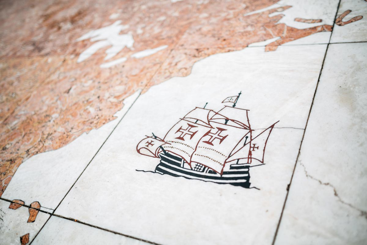 what-is-portugal-famous-for-drawing-of-vasco-da-gama-ship