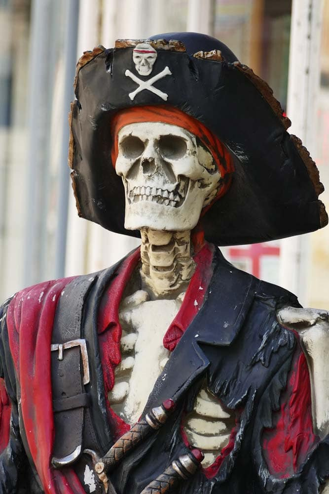 fun-facts-about-portugal-a-skeleton-in-a-pirate-outfit