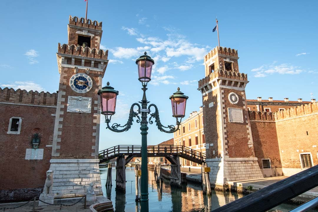 3-day-venice-itinerary-venetian-arsenal-on-sunset
