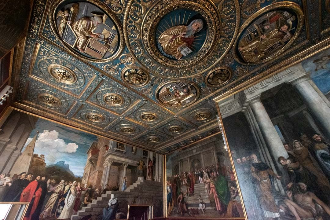 Gallerie-dell'Accademia-interior